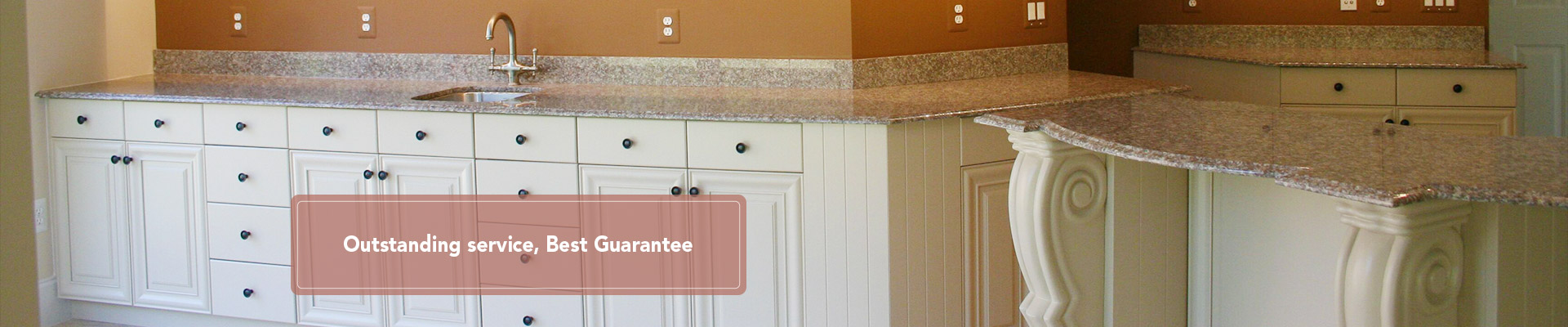 Solid Wood Traditional Kitchen Cabinets