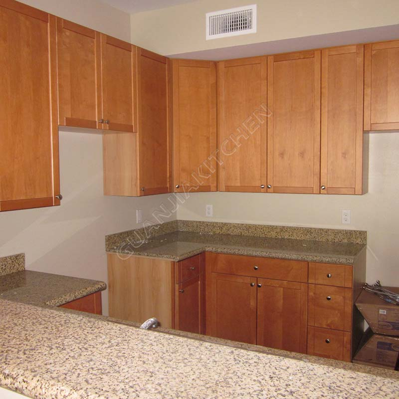 Solid Wood Kitchen Cabinets KC020