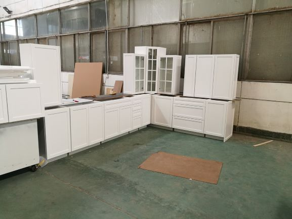 Maple solid wood kitchen cabinets