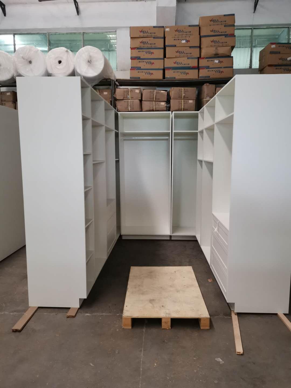 PVC thermofoil closets cabinets
